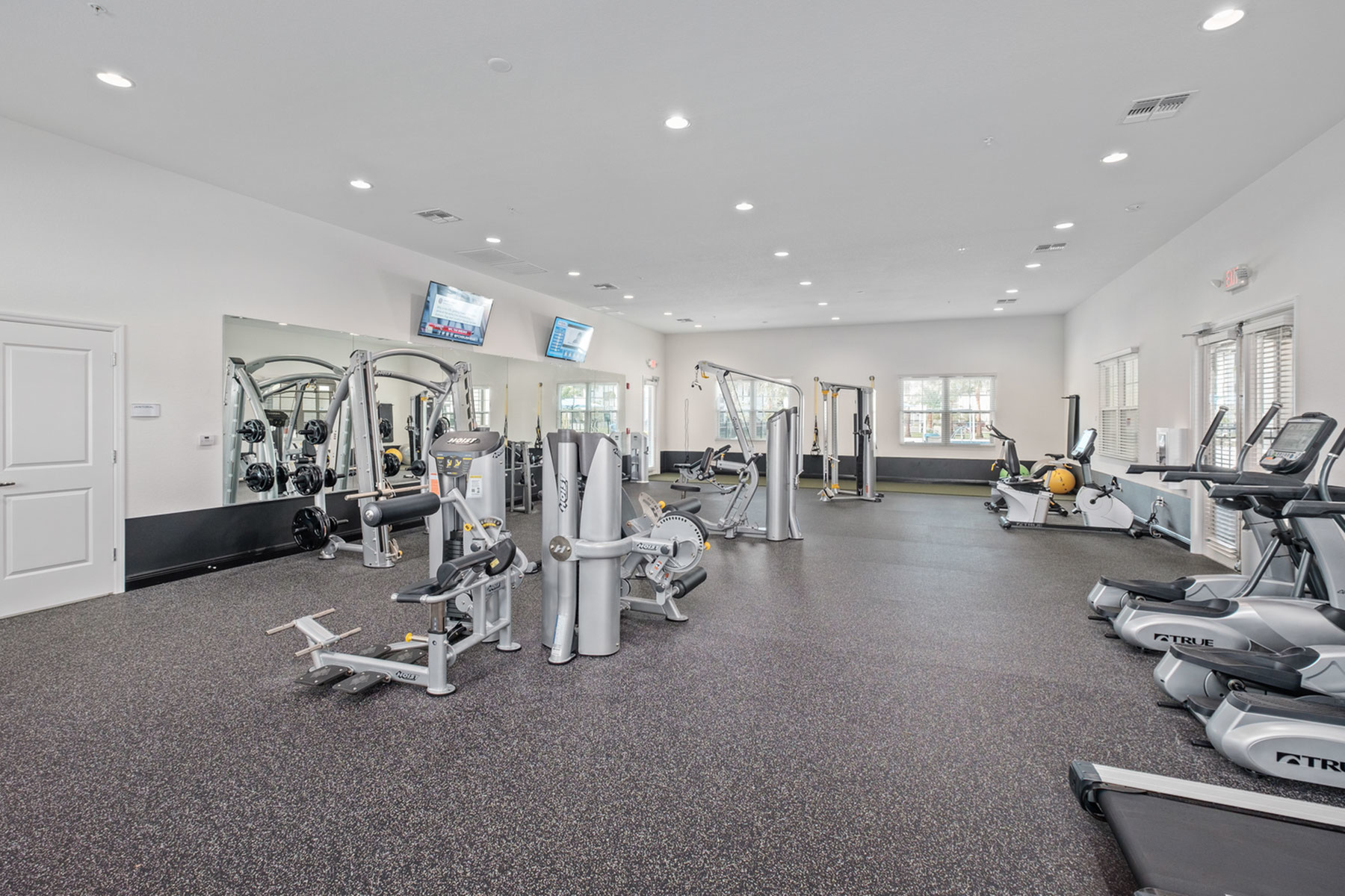 Cutting Edge Fitness Center | Apartments Fort Myers Fl | Mosaic at the Forum