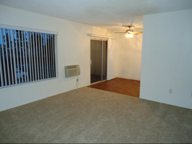 El cajon ca apartment rentals carisbrooke apartments - 1 bedroom apartments in el cajon ...