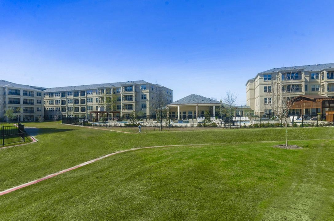 Image of Eco-Friendly, Non-Smoking Environment for The Mansions of Wylie Active Adult Community