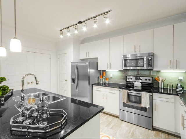 Energy Star® Stainless Steel Whirlpool® Appliances*