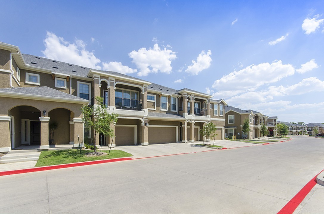 Street View of Townhomes & Apartments