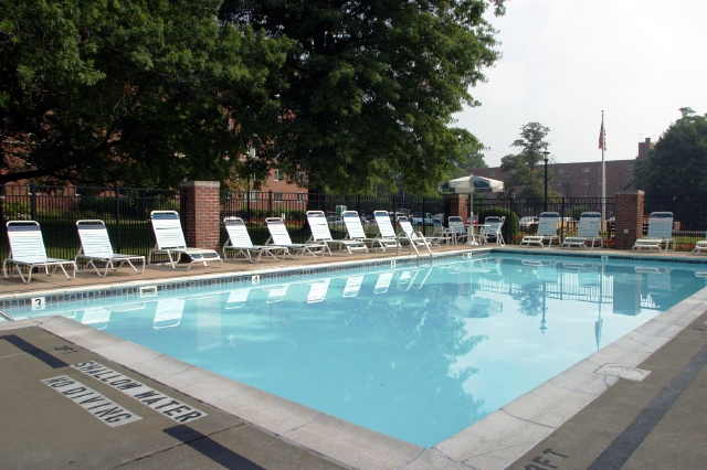 Image of Heated Swimming Pool for Washington Gardens