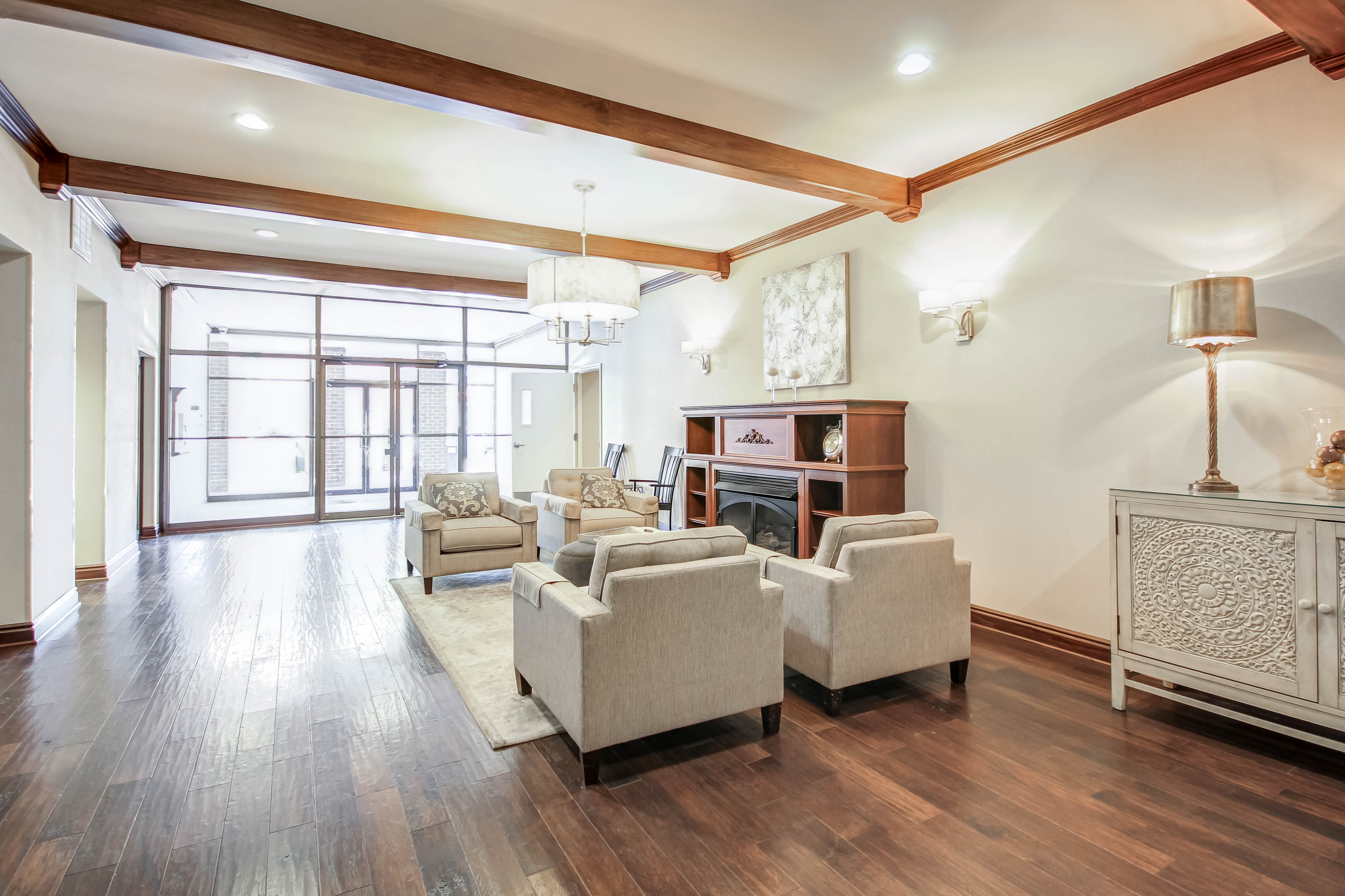 Image of Newly Renovated Lobby and Hallways for Grandview Pointe Apartments