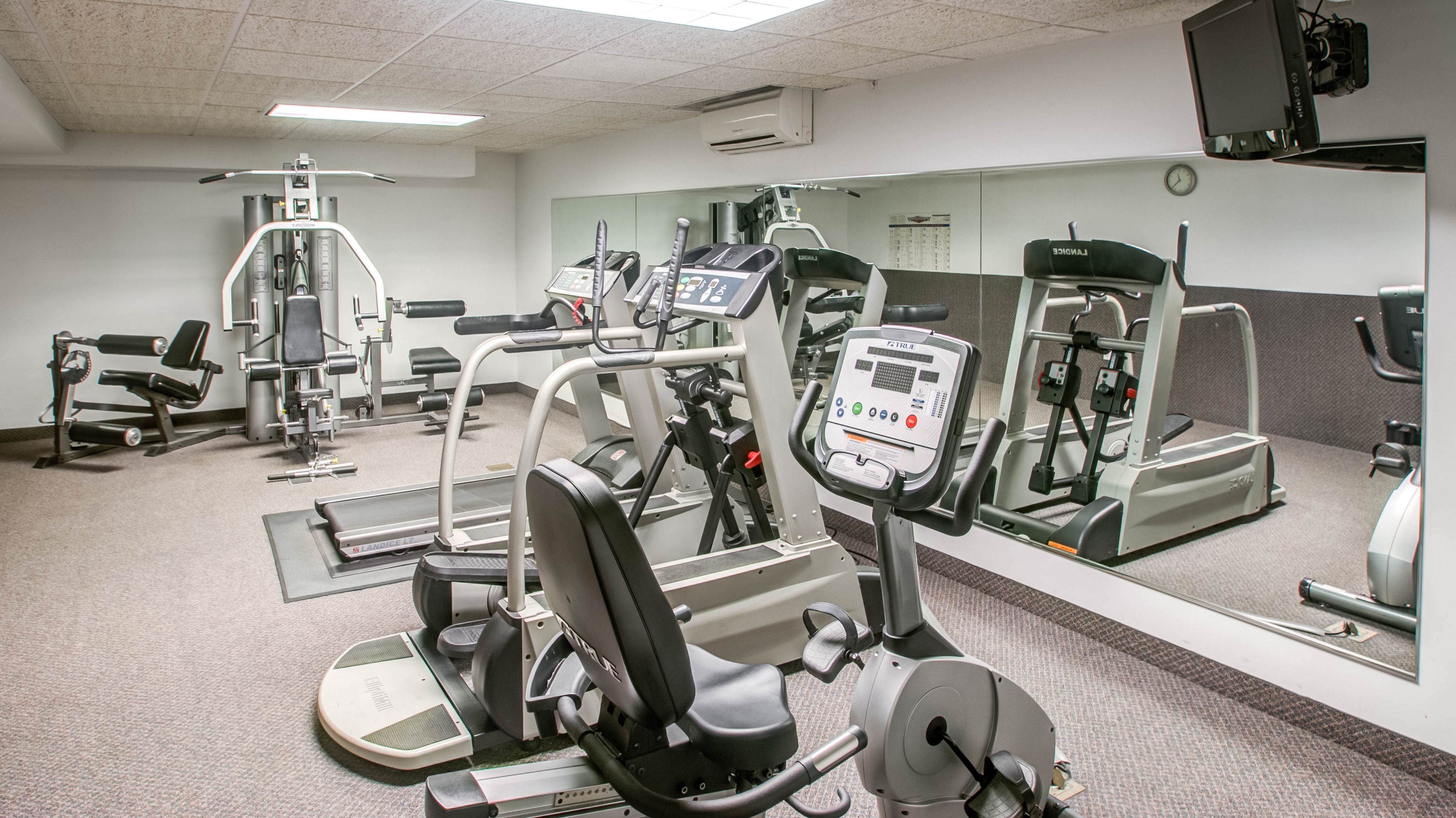 Image of Fitness Center for Sherwood Towers Apartments