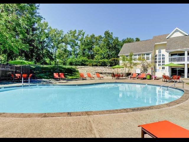 Swimming Pool at Island Club
