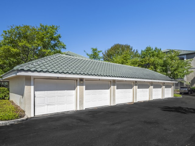 Image of Detached Garage and Covered Carport Rentals for Legacy on the Bay