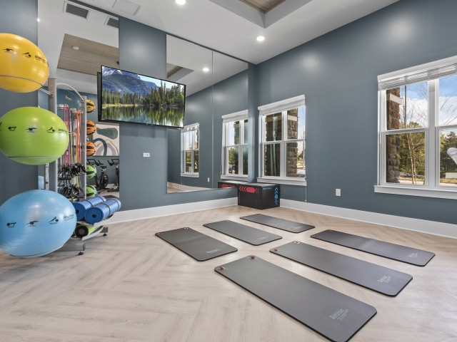 High class yoga studio | Verso Luxury Apartments