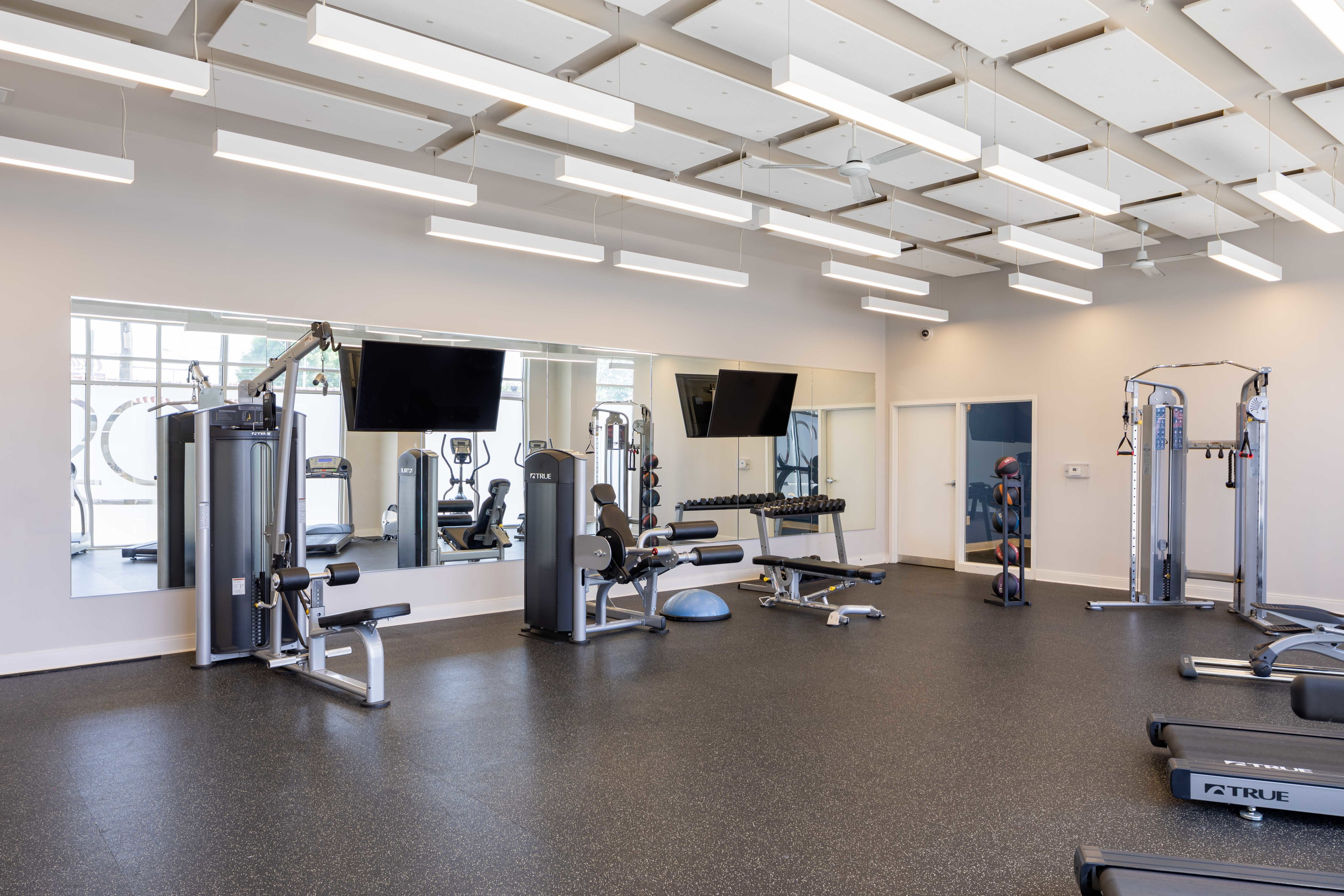 Image of 24/7 Fitness Center With Yoga Studio for 200 Edgewood