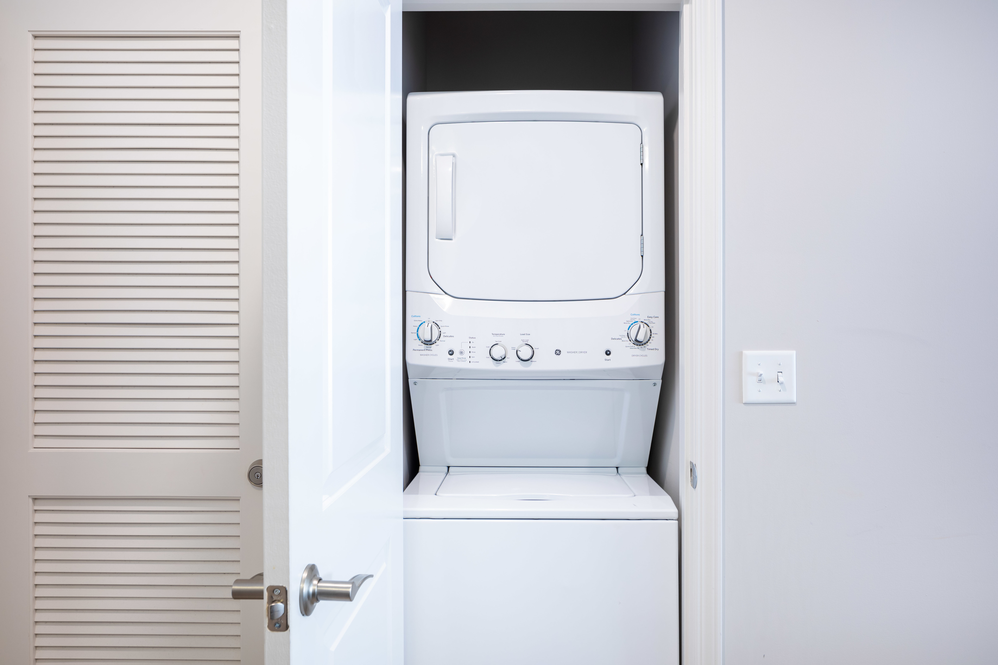 Image of Full Size Washer & Dryer in Unit for 200 Edgewood
