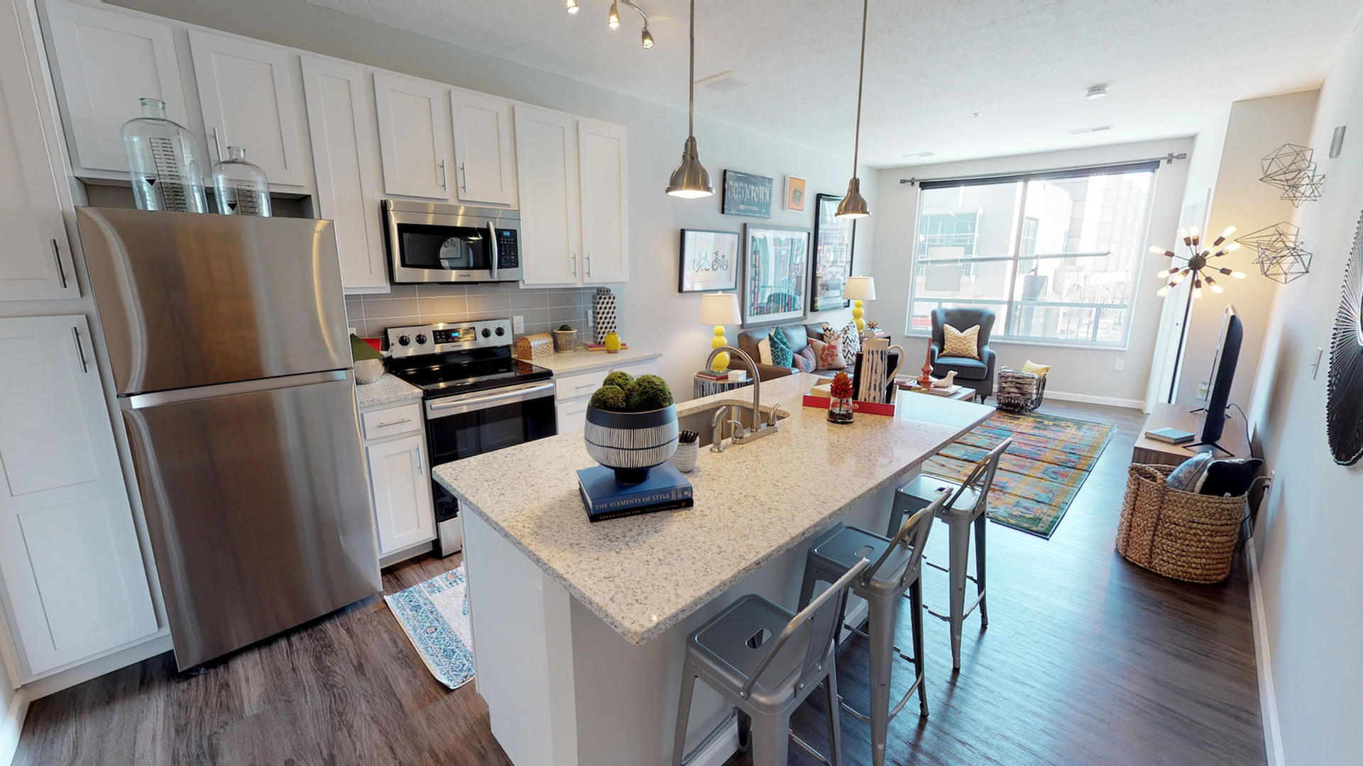 Image of Stainless Steel Appliances for Luxe Belle- Student Living