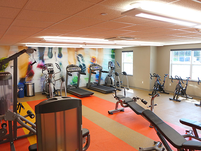 Image of 24 Hour Fitness Gym for Fox Run at Fulton