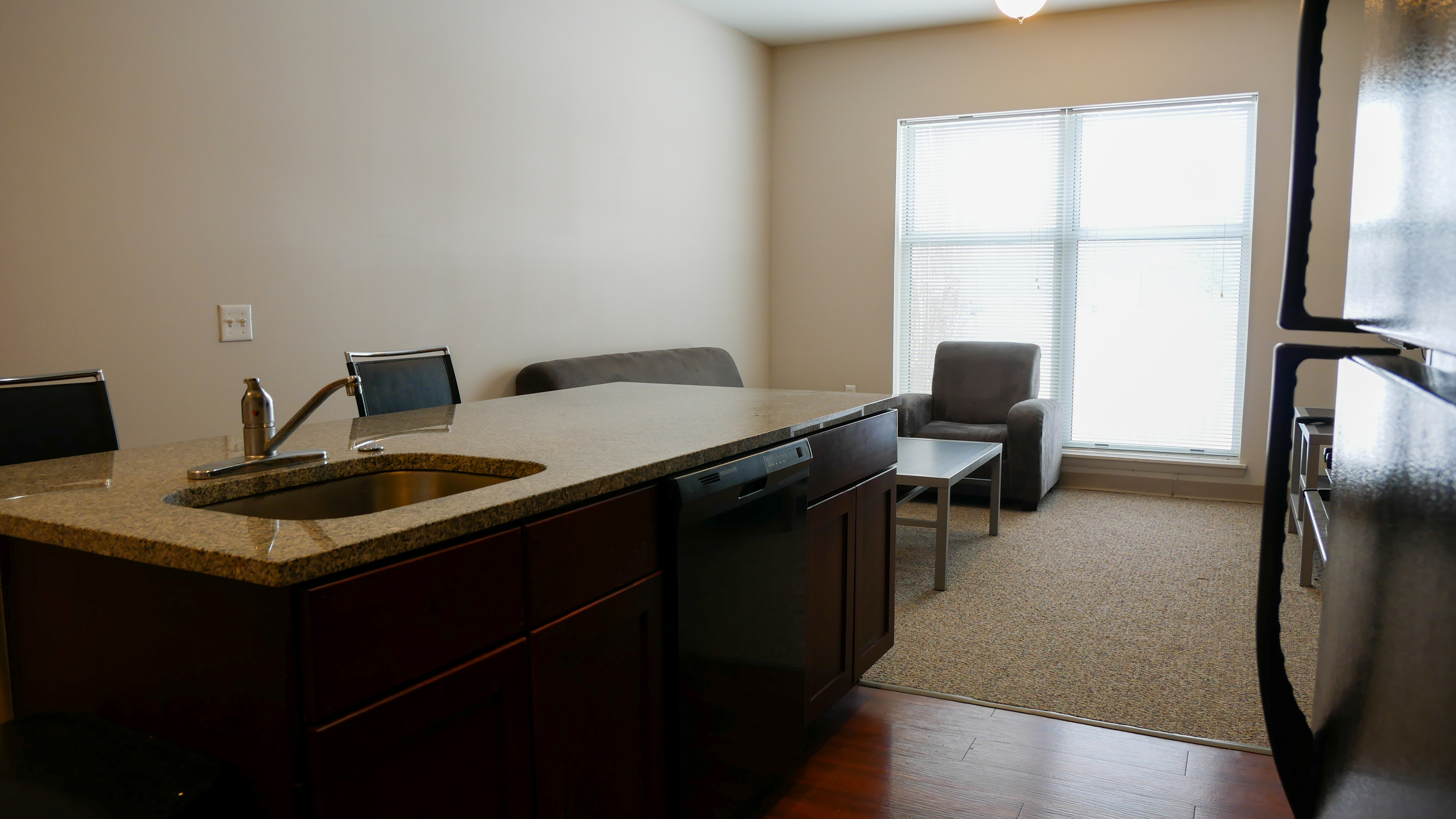 2x2 | The Union at Dearborn | Dearborn Apartments