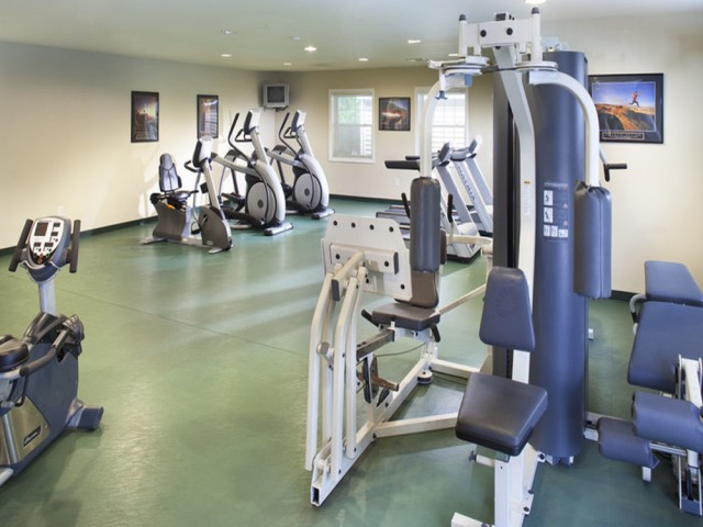 Image of Fitness Center for Greenview Village Apartments