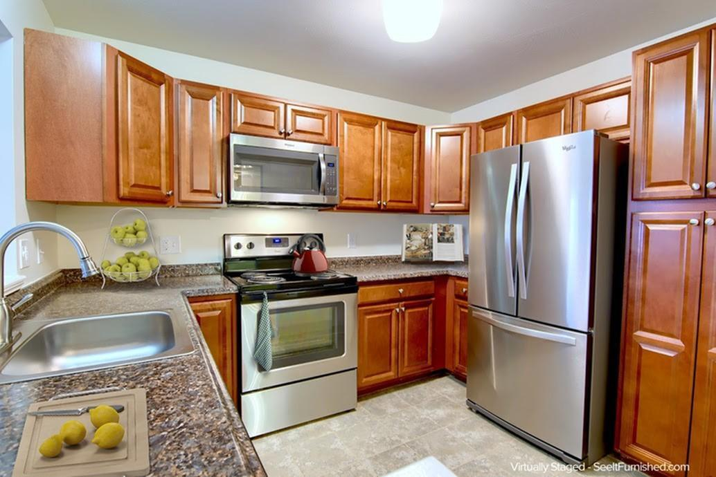 Modern Kitchen | Senior 55+ apartments in Manchester NH | Regency West