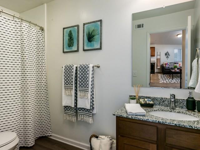 Spacious Bathroom   The Preserve at Tuscaloosa   UA Off Campus Housing