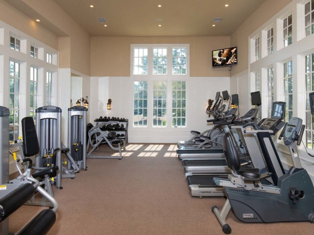 Resident Fitness Center | The Cottages of Hattiesburg | USM Apartments