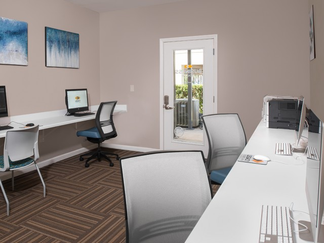 Newly Upgraded Business Center with Free Printing | Legacy Student Living | Tallahassee Student Apartments