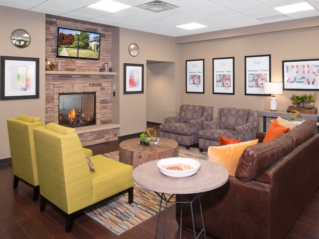 Spacious Resident Club House | University Oaks | Kent State Apartments