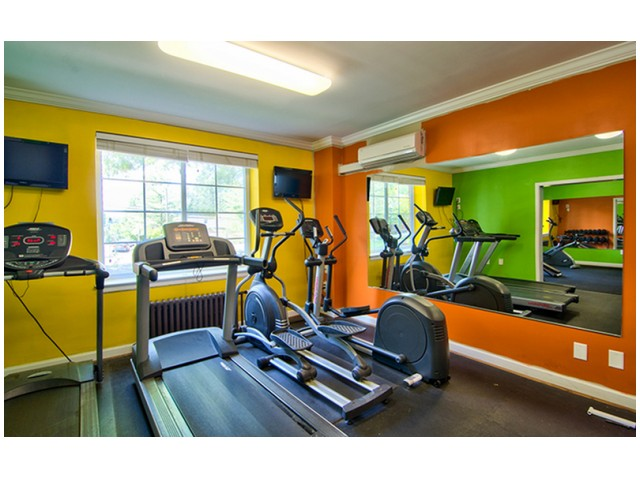 24-Hour Community Fitness Center | University Apartments Durham | Apartments In Durham NC