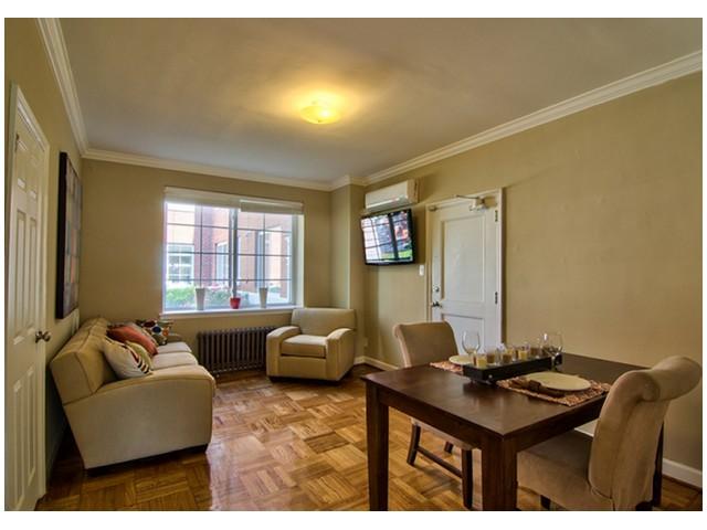 Parquet Wood Flooring | Spacious Living Area | University Apartments Durham | Apartments Near Duke University