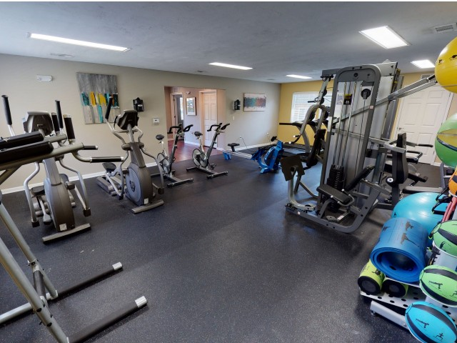 Community Fitness Center | Seminole Flatts | Apartments In Tallahassee