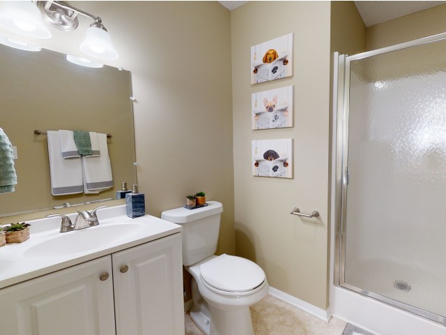 Spacious Bathroom | University Park | Greenville NC Apartments