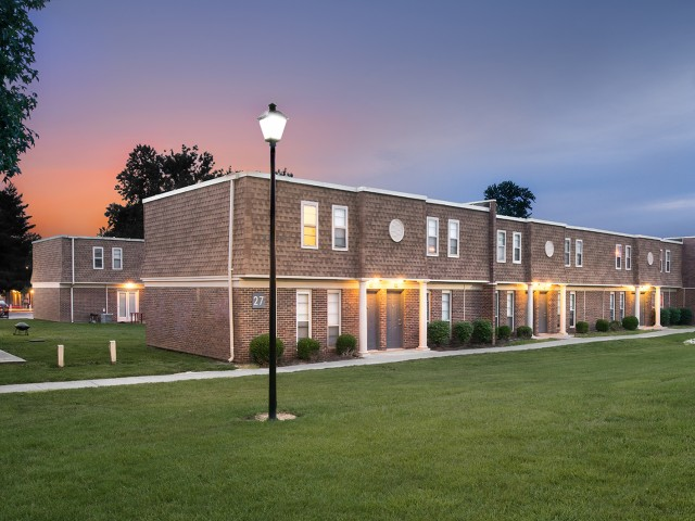Walk to Campus | Location | University Village | Apartments In Carbondale IL