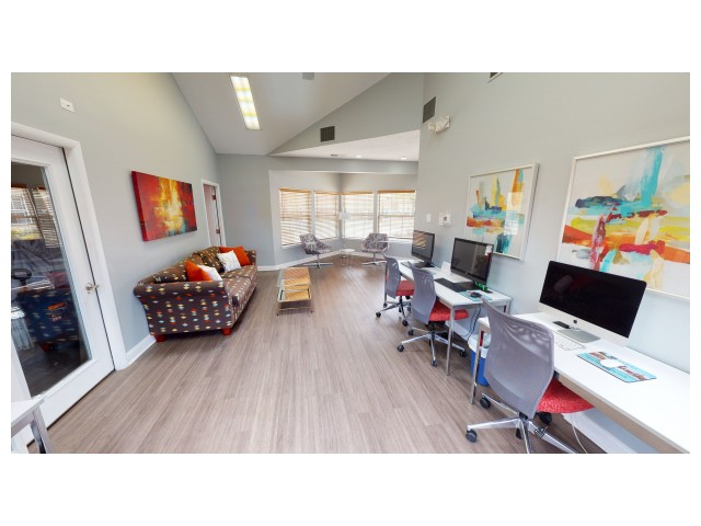 Resident Business Center | Hawks Landing | Apartments In Oxford Ohio