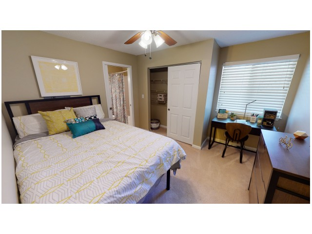 Ceiling Fan with Light Kit in Bedroom | Hawks Landing | Oxford Ohio Apartments