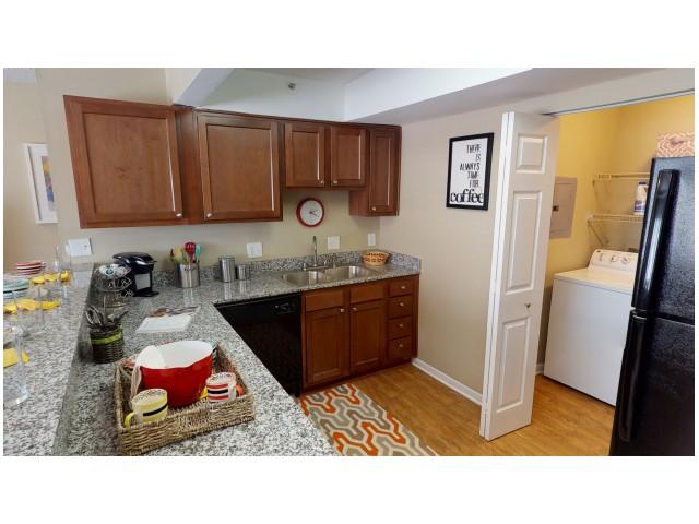 Granite Countertops | Kitchen | Hawks Landing | Oxford Ohio Student Rentals