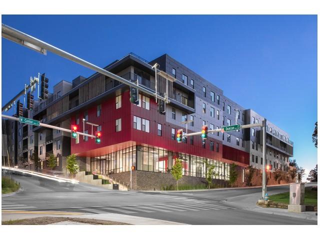 Dickson Street View | The Cardinal at West Center | Apartments near University Of Arkansas
