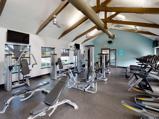 Resident Fitness Center   The Preserve at Tuscaloosa   Apartments Near University of Alabama