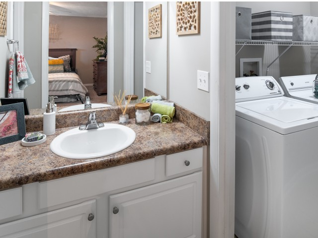 Private Bathroom | Eagles West | Student Apartments Auburn AL
