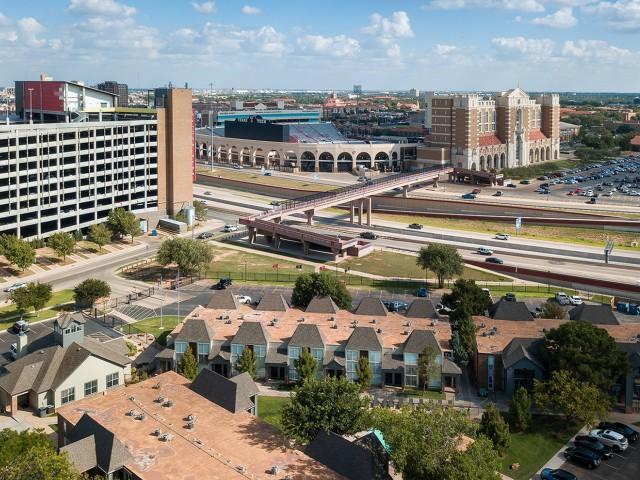 City View | Raiders Walk | Apartments Lubbock TX