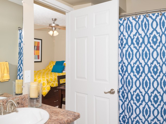 Private Bedroom / Bathroom Suite | The Commons | Miami University Student Apartments |