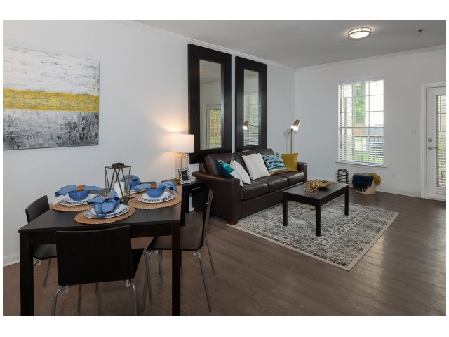 New Furniture Packages | Elegant Living Room | Flatts at South Campus | Student Housing Oxford MS
