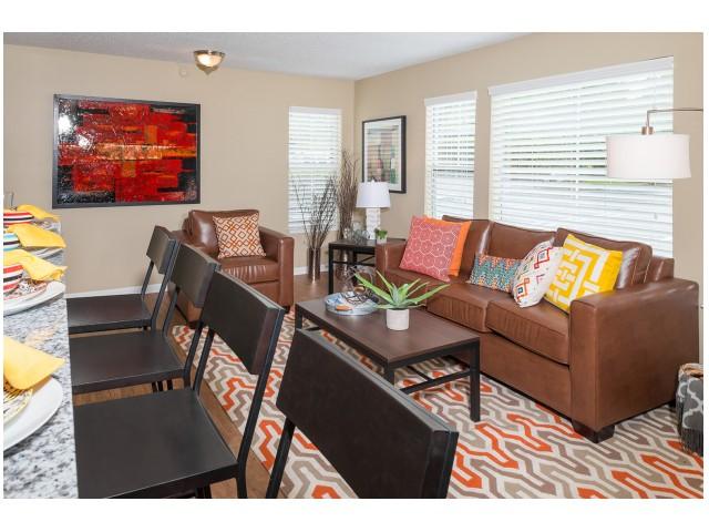 Renovated Interiors | Hawks Landing | Miami University Off Campus Apartments