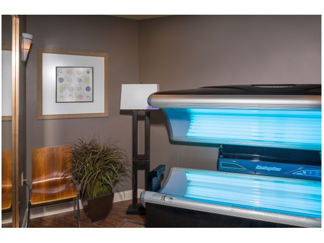 Tanning Bed | Hawks Landing | Apartments In Oxford Ohio
