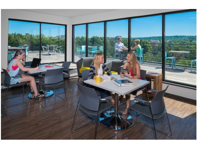WiFi in Rooftop Lounge | The Cardinal at West Center | U of A Apartments Fayetteville AR