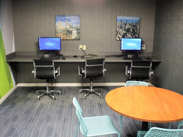 Computer center | 22 Exchange | University Of Akron Off-Campus Housing