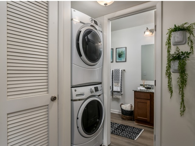 Apartment with Washer and Dryer | The Preserve at Tuscaloosa | Housing near Universtiy of Alabama