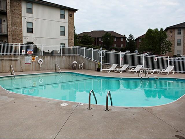 Swimming Pool Lakewood Village