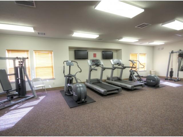Oak Court Fitness Room