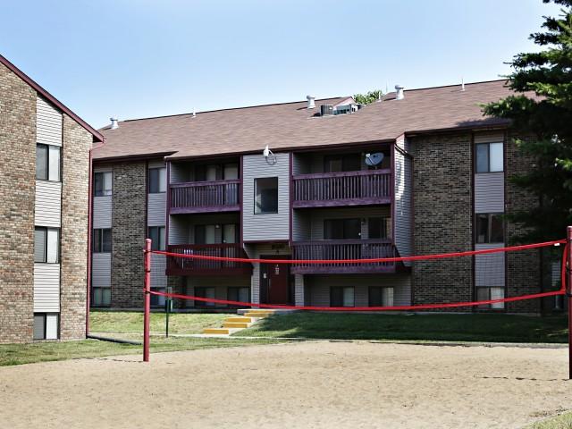 Briarwood Village Volleyball Court