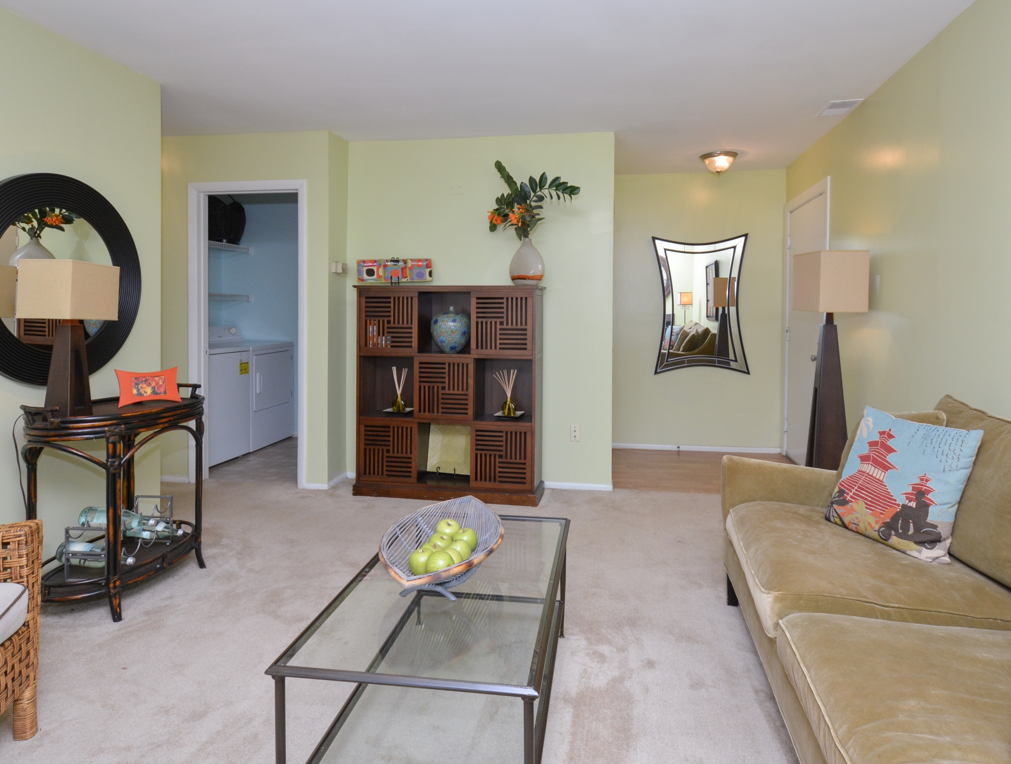 Elegant Living Room | Apartments for rent in Laurel, MD | Spring House Apartments