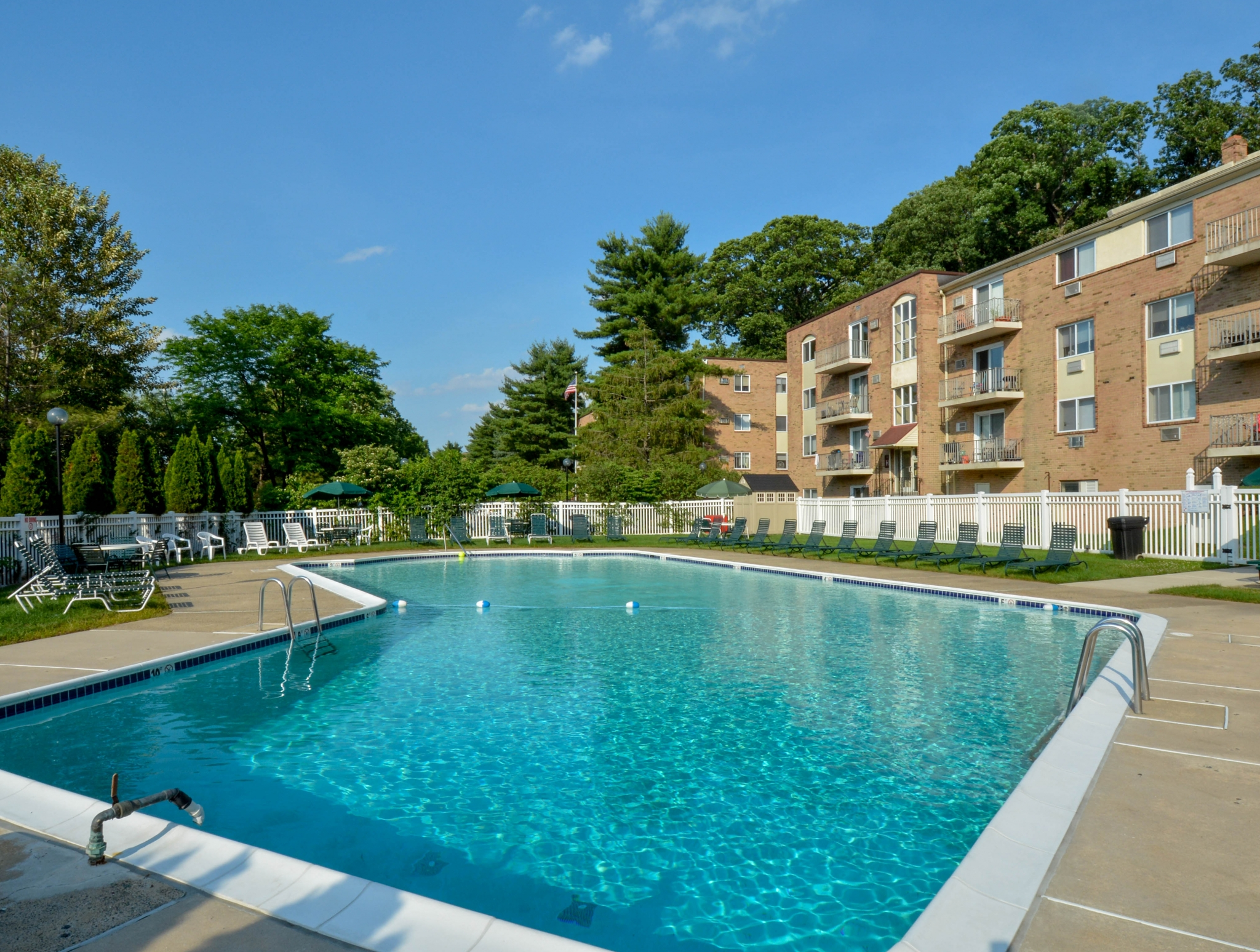 Bishop Hill Apartments in Secane, PA | Apartments in Secane, PA