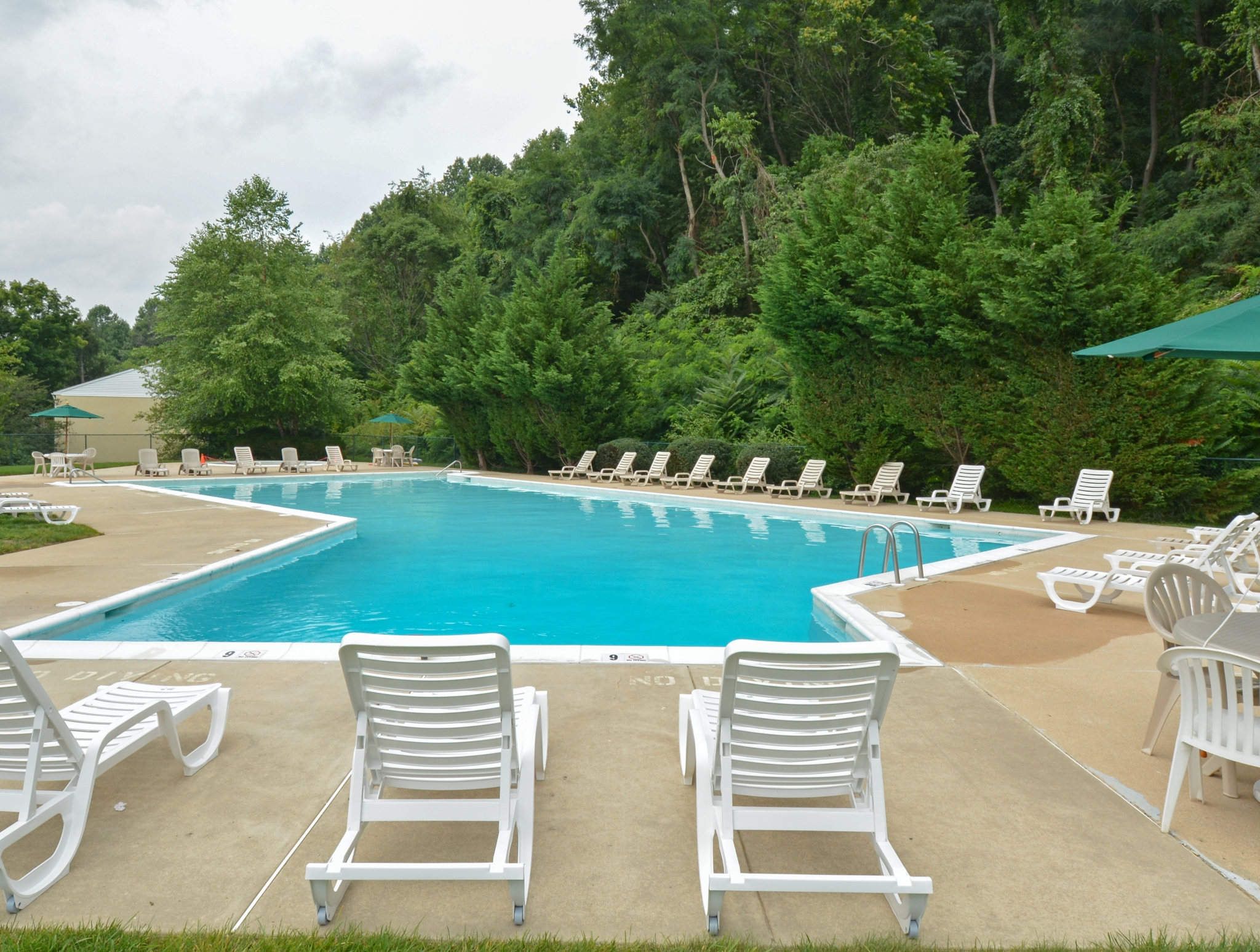 Year Round Swimming Pool | Apartment in Downingtown, PA | Norwood House Apartments