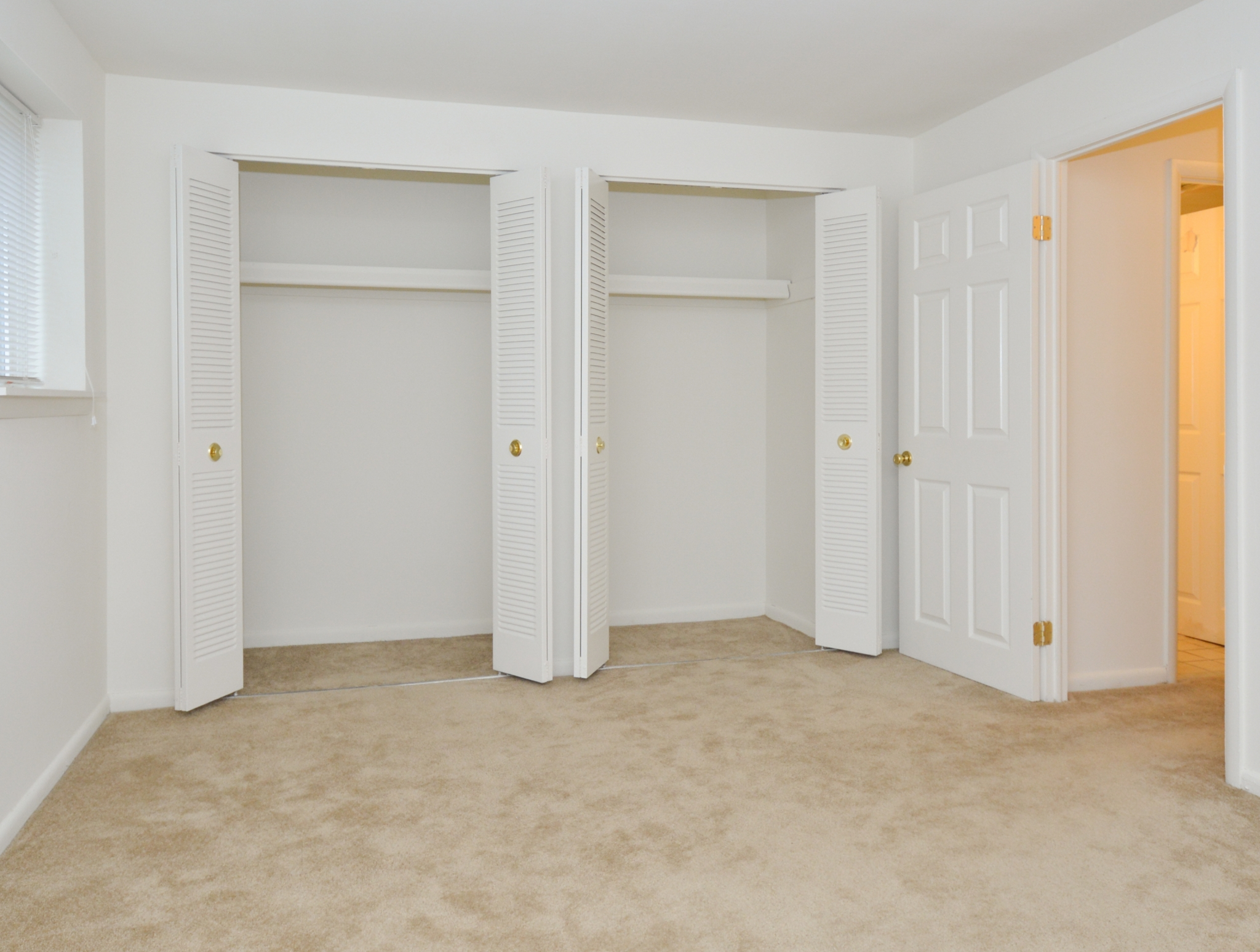 Elegant Master Bedroom | Apartments Clifton Heights, PA | The Villages of Westbrook Apartments