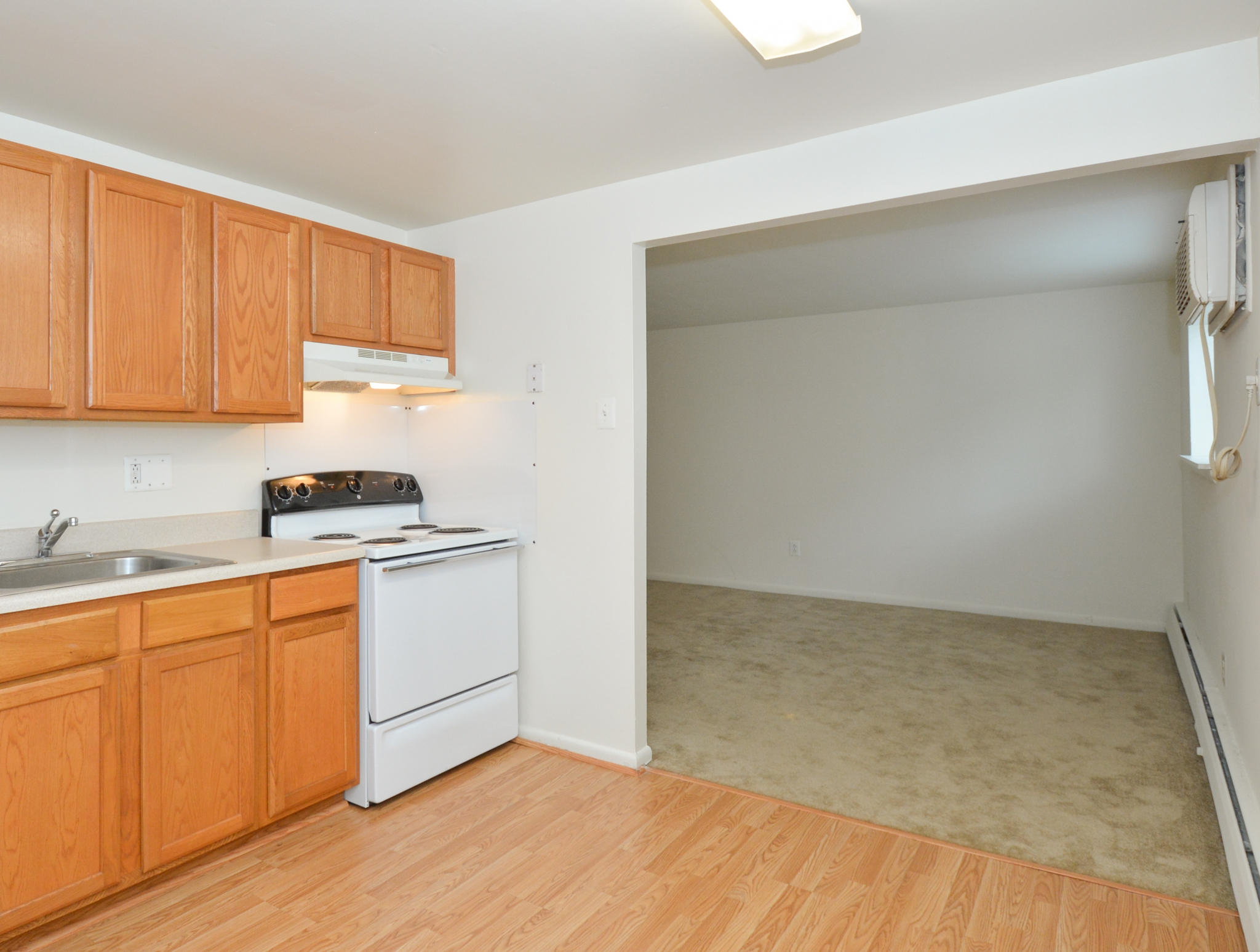 State-of-the-Art Kitchen | Clifton Heights PA Apartment Homes | The Villages of Westbrook Apartments