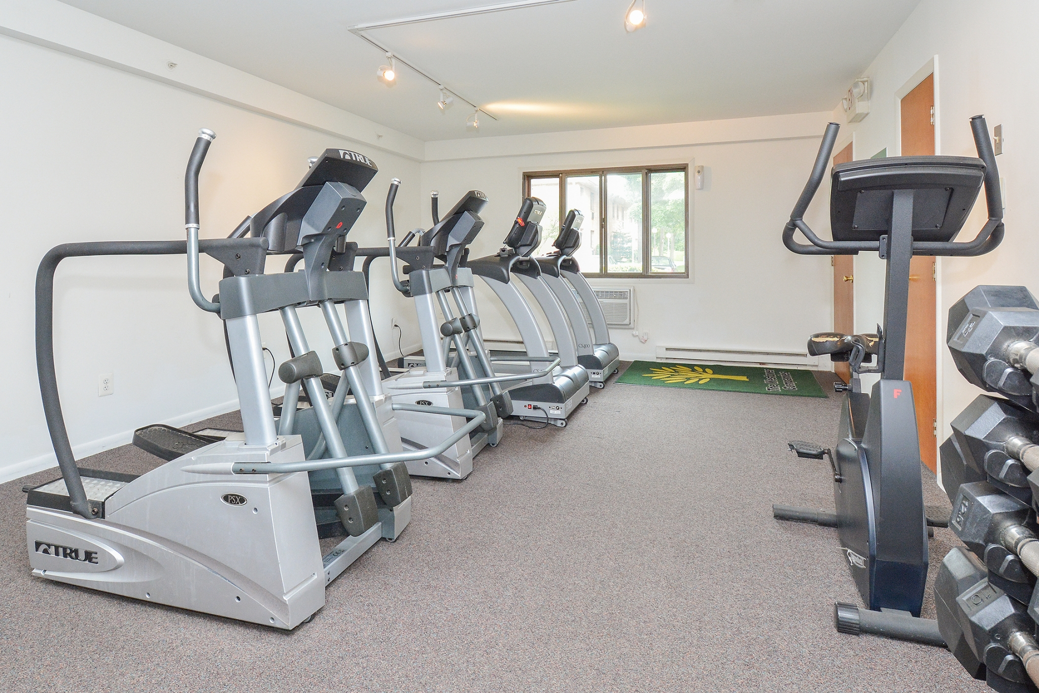 Cutting Edge Fitness Center | Apartments Near Chester Springs PA | Whiteland West Apartments